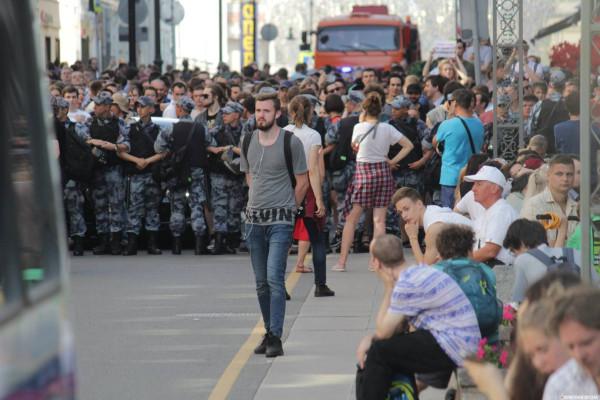 20190727_13-17-В Москве пахнет болотом. В столице началась акция протеста - онлайн-pic3