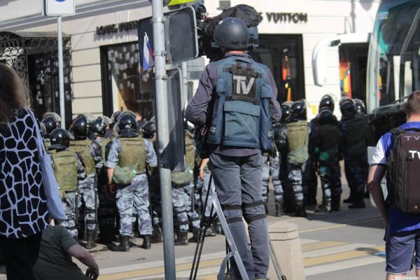 20190727_13-17-В Москве пахнет болотом. В столице началась акция протеста - онлайн-pic7