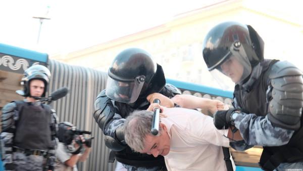 20190727_13-17-В Москве пахнет болотом. В столице началась акция протеста - онлайн-picN