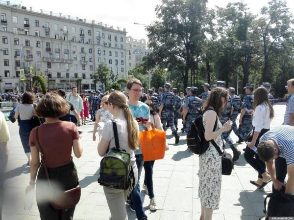 20190727_13-17-В Москве пахнет болотом. В столице началась акция протеста - онлайн-picZ1