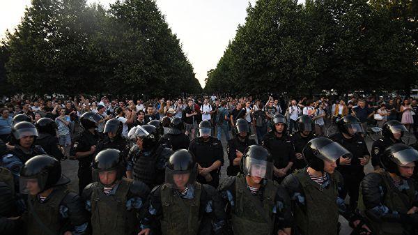 20190728_15-25-Более половины задержанных на незаконной акции в Москве — иногородние-pic1
