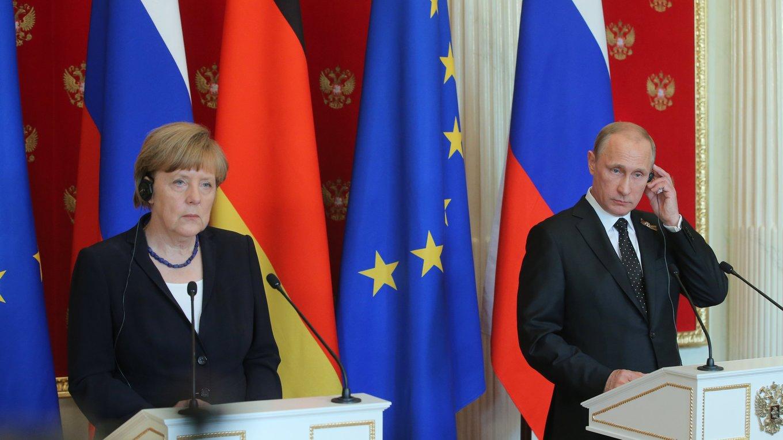 20150510_16-00-Заявления для прессы и ответы на вопросы журналистов по итогам встречи с Федеральным канцлером Германии Ангелой Меркель