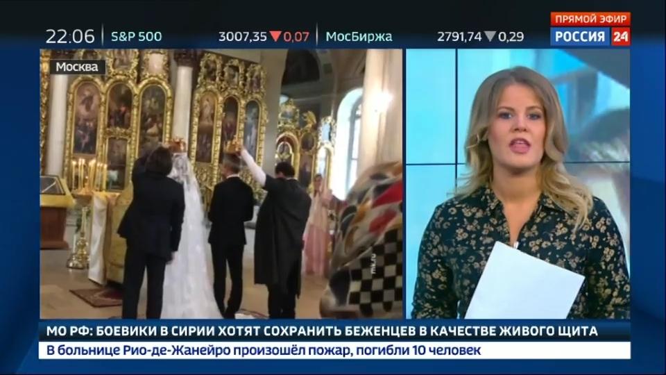 09-Вести.Ru- Собчак и Богомолов удивляли и шокировали- свадебный катафалк, подружка в шарах и любовь до гроба