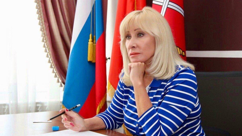 20191116_14-08-Пушкина пожаловалась на массовые угрозы в адрес авторов закона о бытовом насилии-pic1