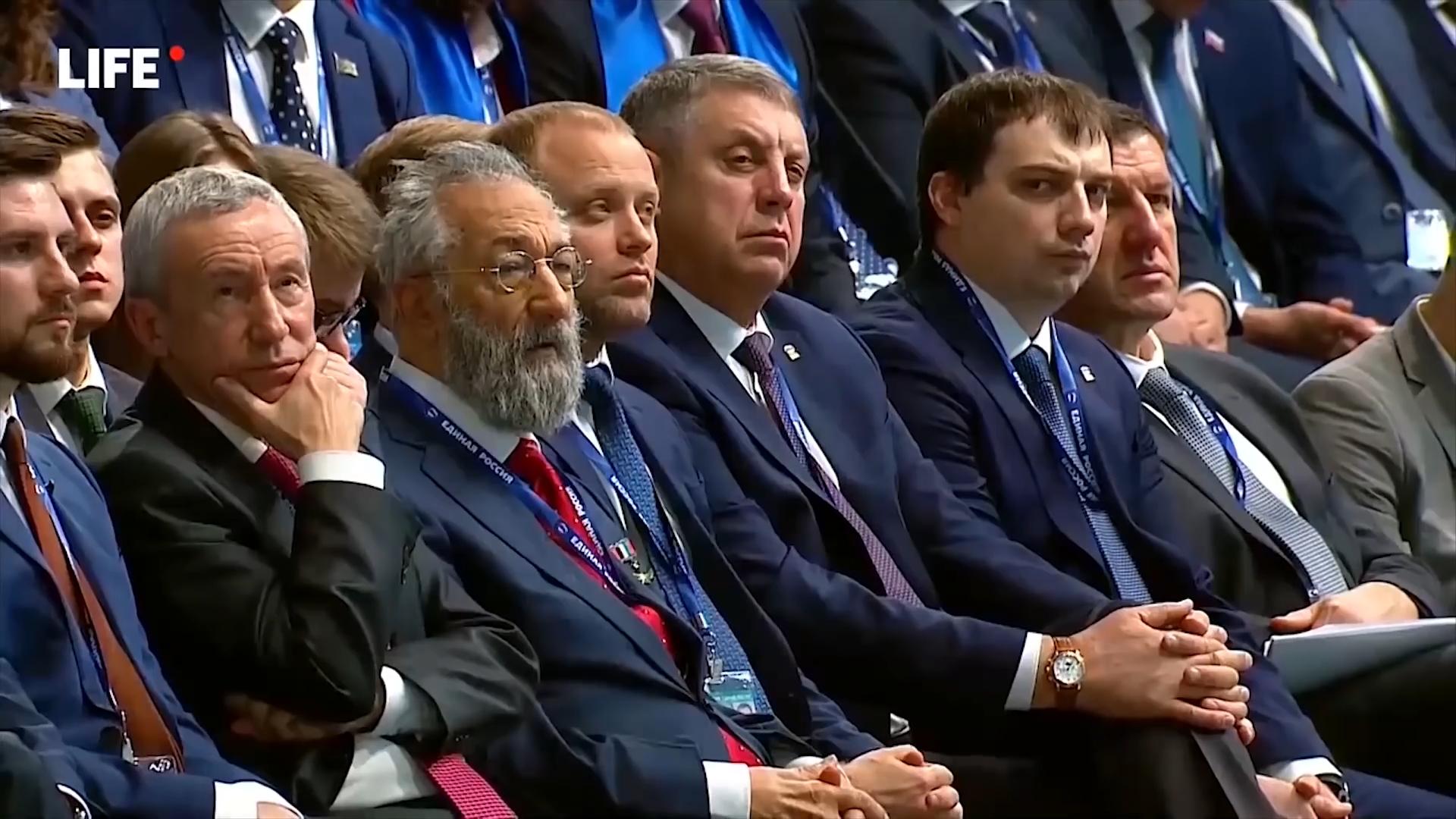 10-Популисты, патриоты и предатели. Все о съезде «Единой России»