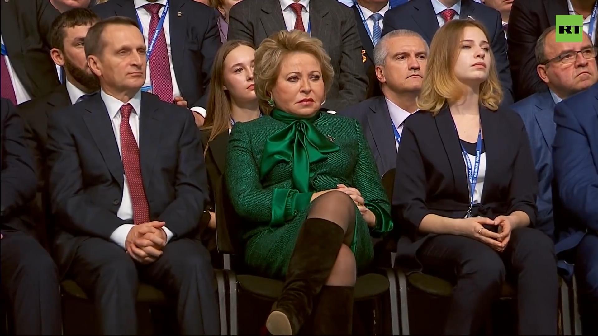 06-Путин выступает на съезде партии «Единая Россия»