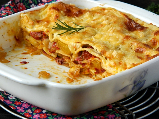 Lasagna with pumpkin and вяленными tomatoes (7)