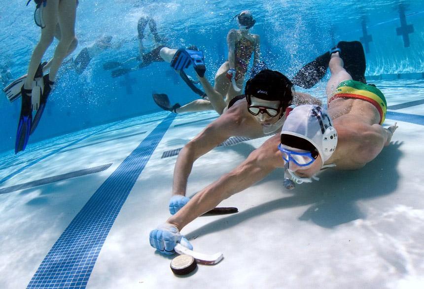 Н***ясечебывает: Подводный хоккей