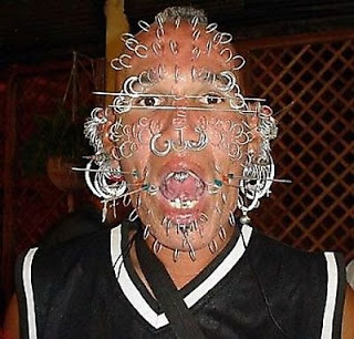 weirdest_face_piercings_17