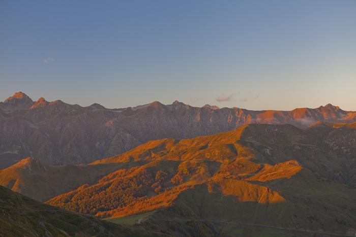 Закат на перевале Чхы