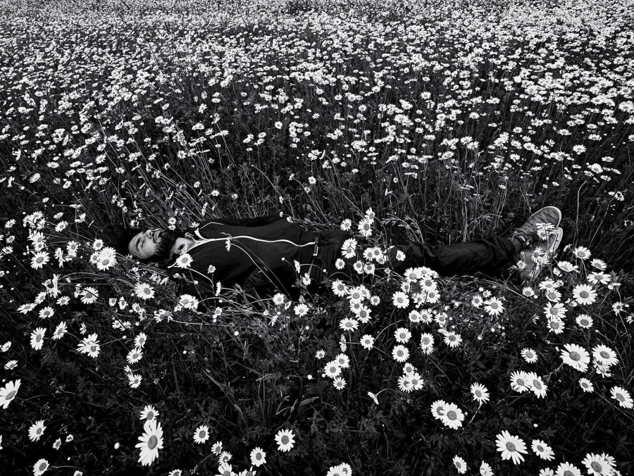 Photo by MirzOyan