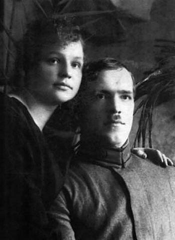 Ещё только комэск ГК Жуков с супругой.1920.