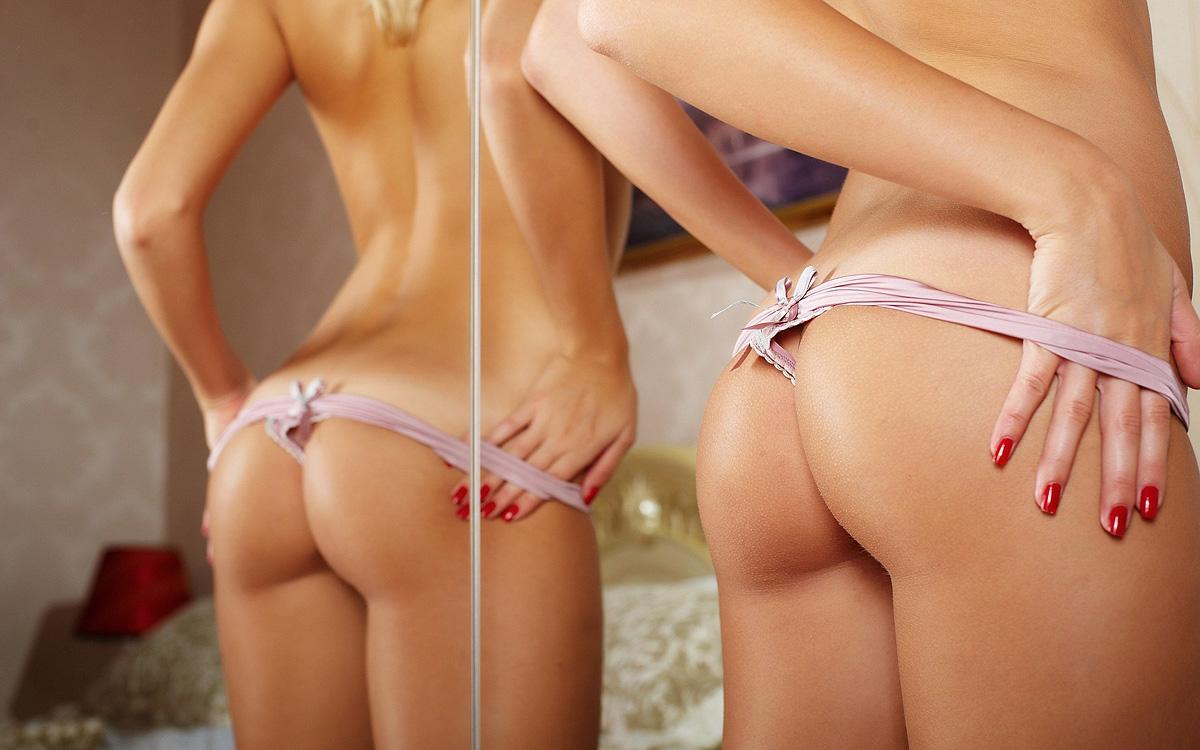 Фото жопы в зеркале 24 фотография
