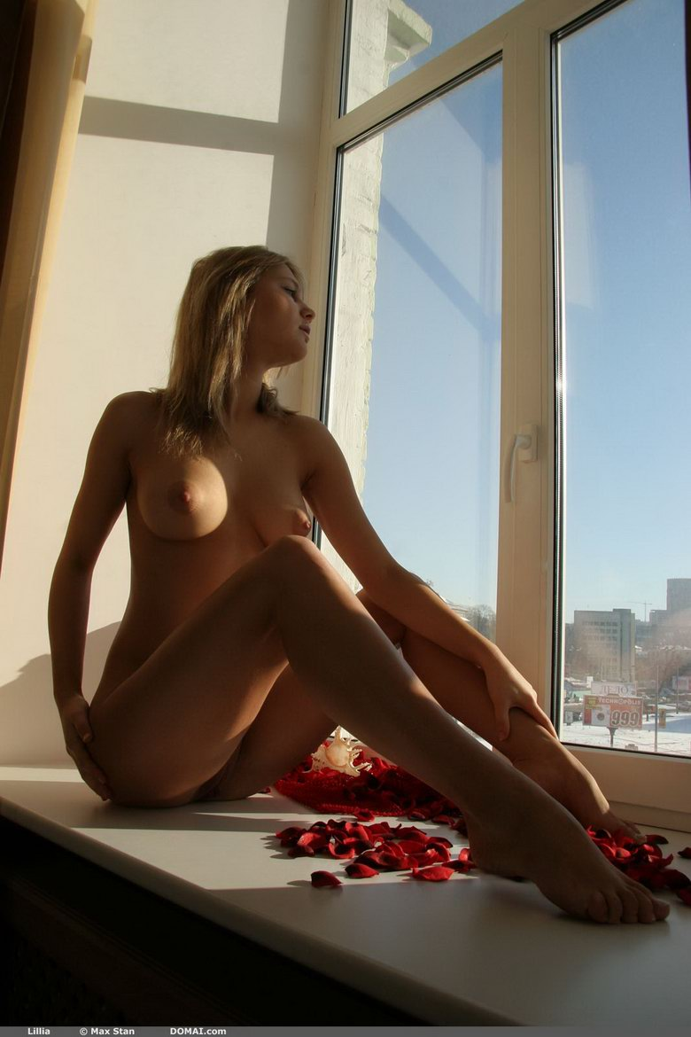 Girl-by-the-window-10