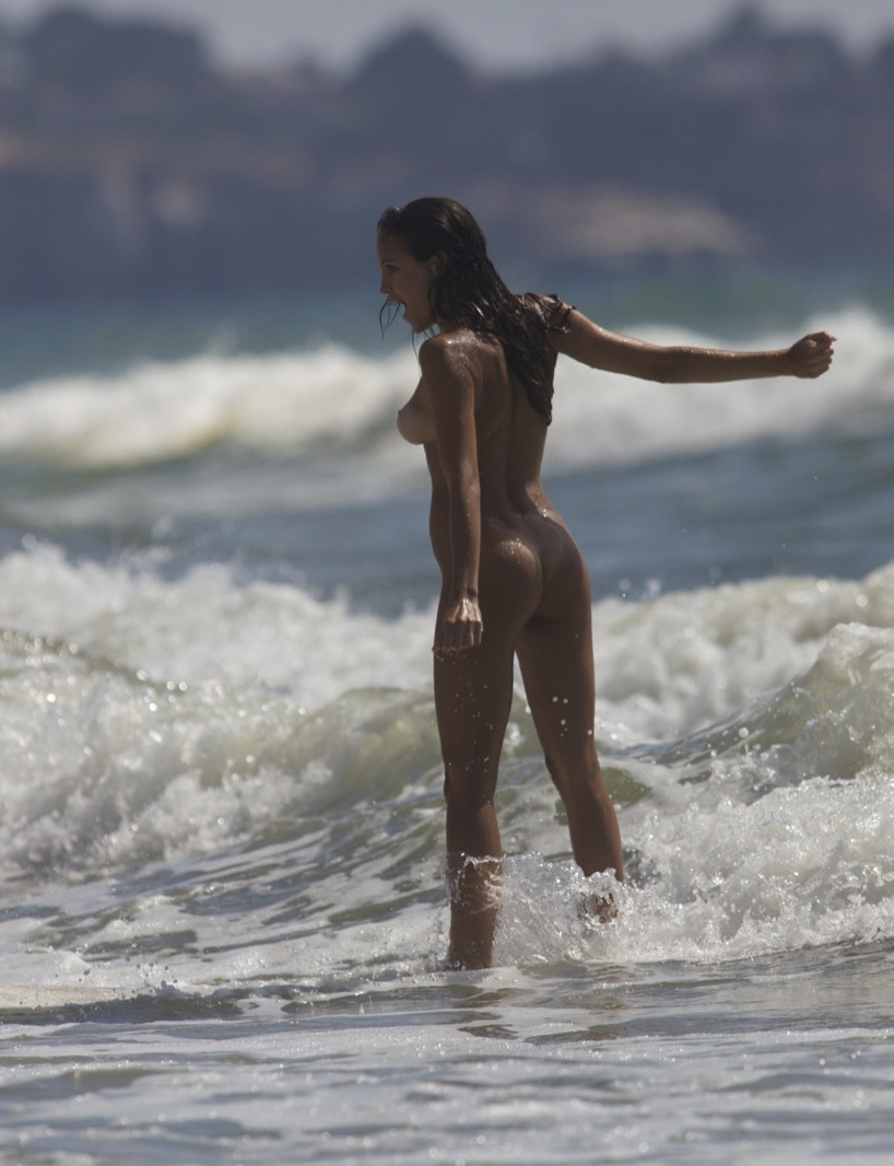 Sexy naked surfer girls