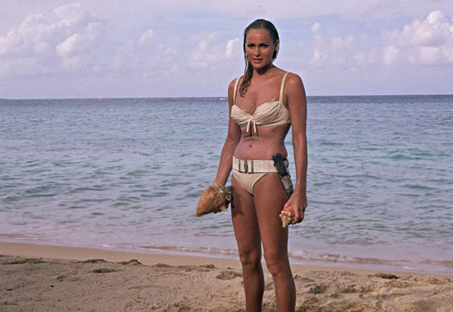 Ursula Andress 1