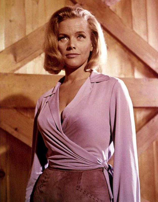 Honor Blackman 3