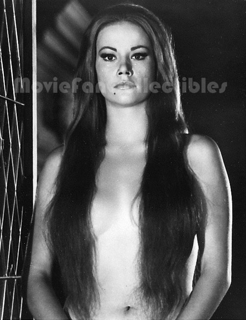 Claudine Auger 14