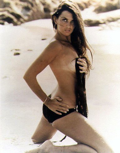 Caroline Munro 5