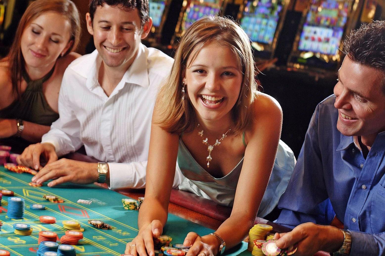 сетью собственных казино широкая