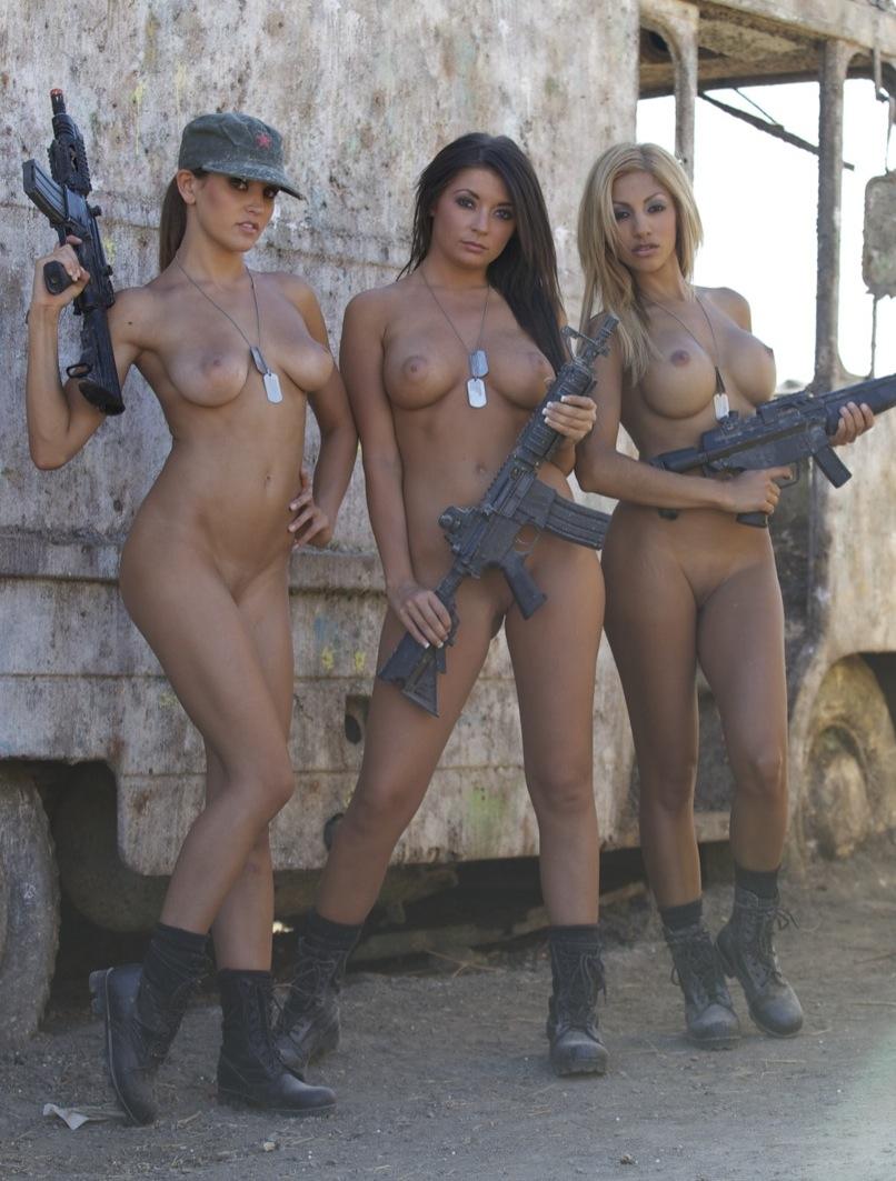 голые девушки в армии россии