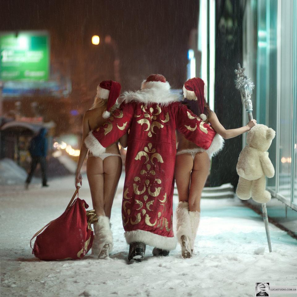 Эротика снегурочек с дедом морозом