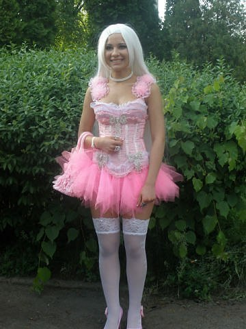 Шокирующее платье на выпускной (12 фото)