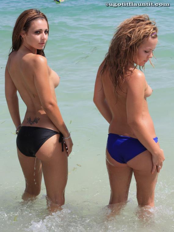 Топлес на пляже