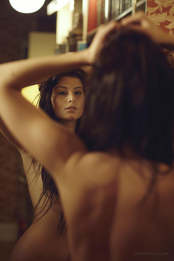 Sexy-Mirror-03