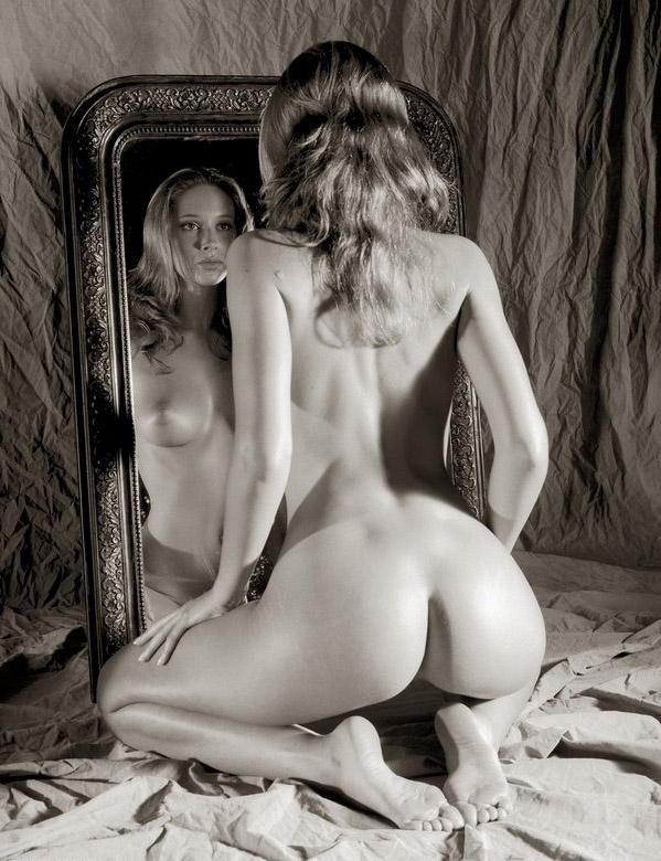 Sexy-Mirror-06