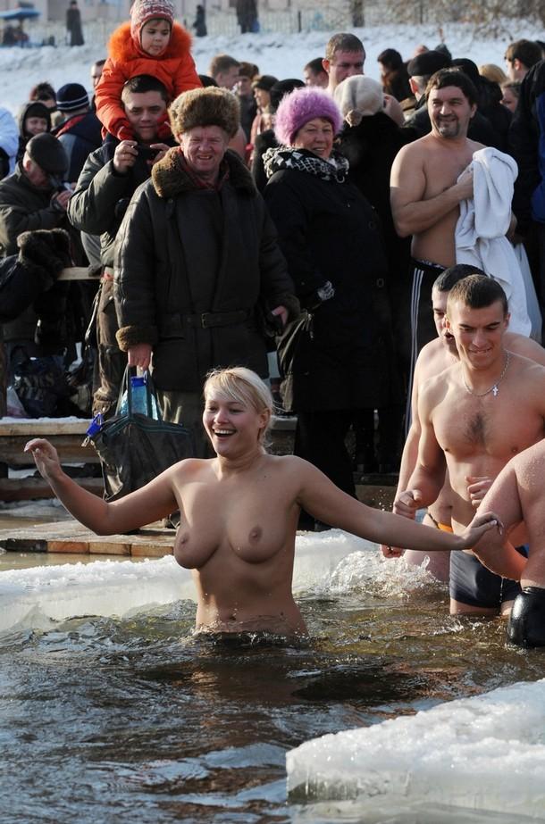 порно видео на крещение следующую