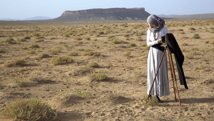 Queen-Of-The-Desert-Still-3