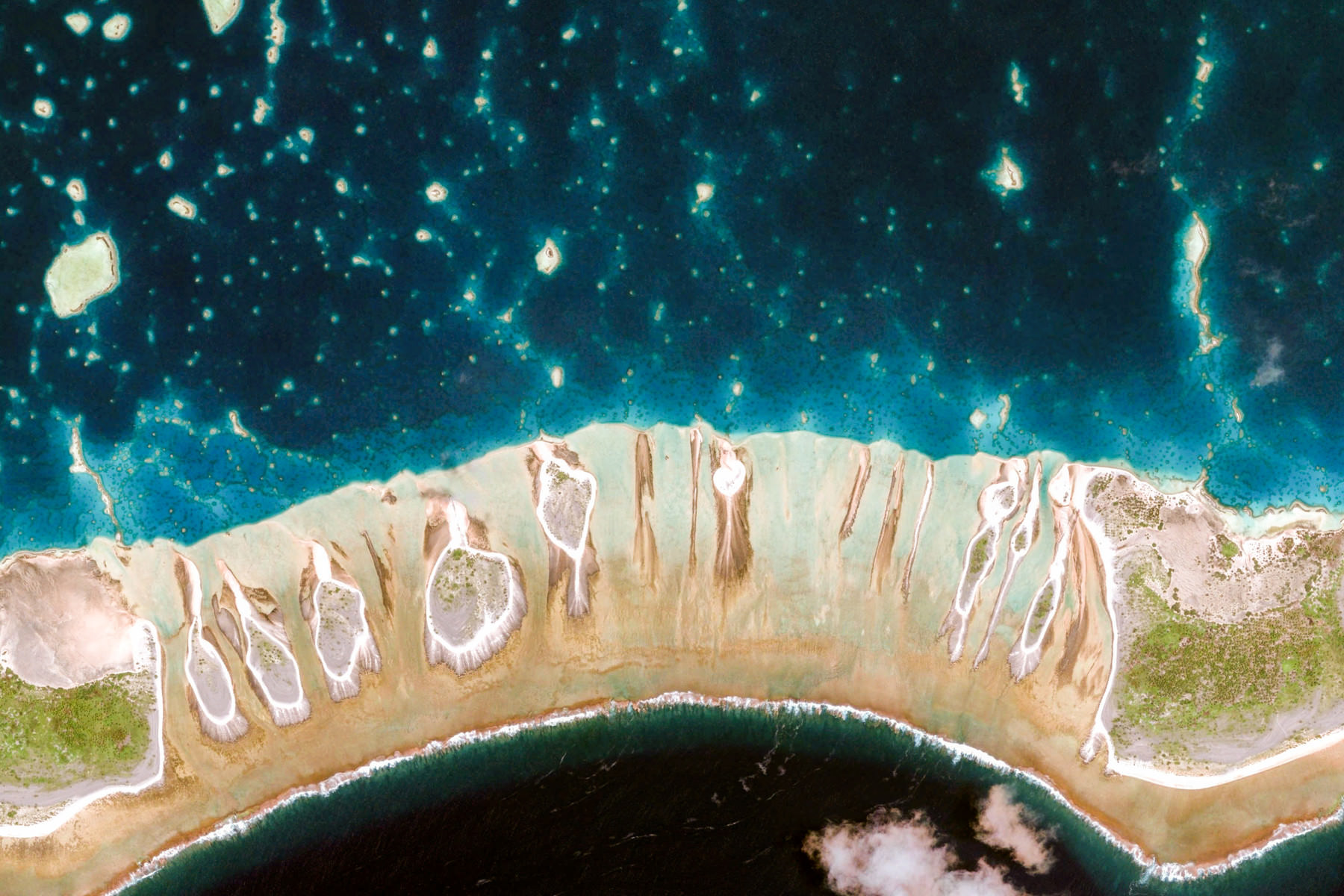 google-earth-FrenchPolynesia-TuamotusIslands-6233