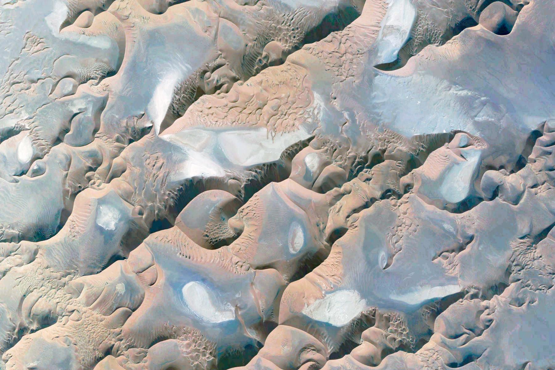 google-earth-Iran-Kerman-2157