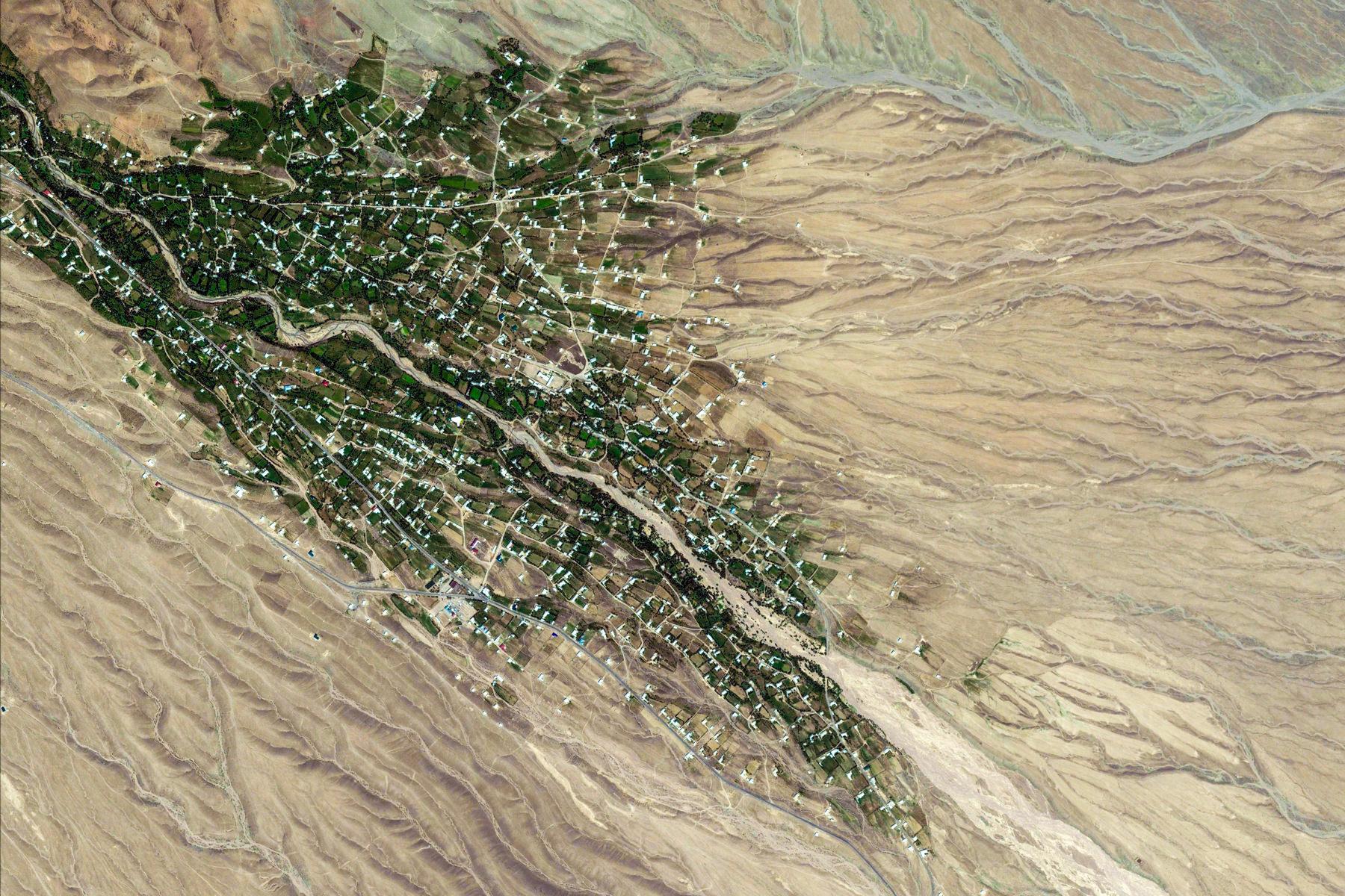 google-earth-Uzbekistan-PopDistrict-13261