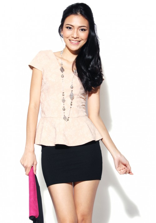 LB Plaia Peplum Top in Beige