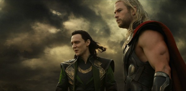 chris-hemsworth-tom-hiddleston-thor-the-dark-world