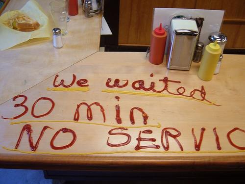 Сколько можно терпеть официантов?