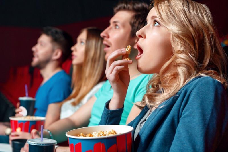 Почему люди идут смотреть в кино всякое г-вно?