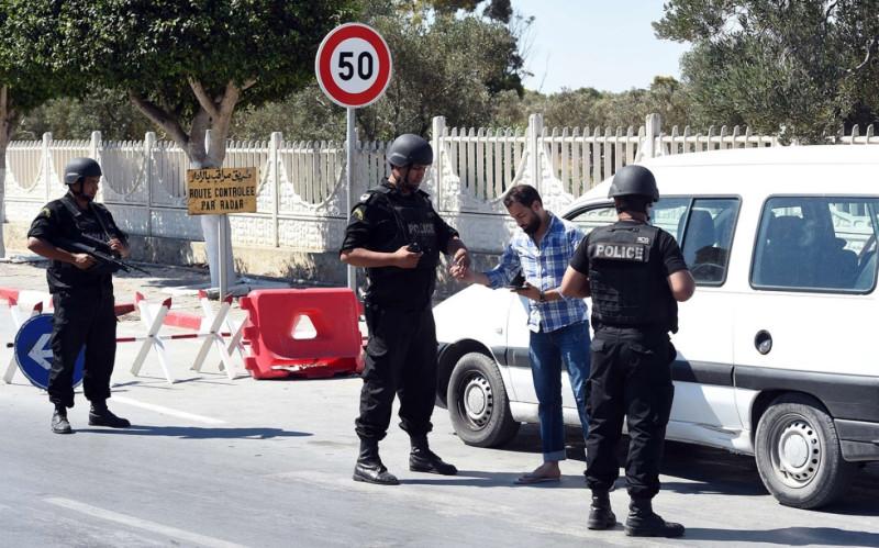 В Тунисе остановили полицейские. Все закончилось взяткой
