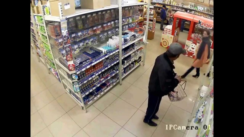 What Caucasians are stealing in the shops so that, calmly, they let go, turned out to be a place, sneak in, walked around, in any way, distressed, at ease, general, searched, searched, left, video, for a long time, with phones, exchanged, after, guards