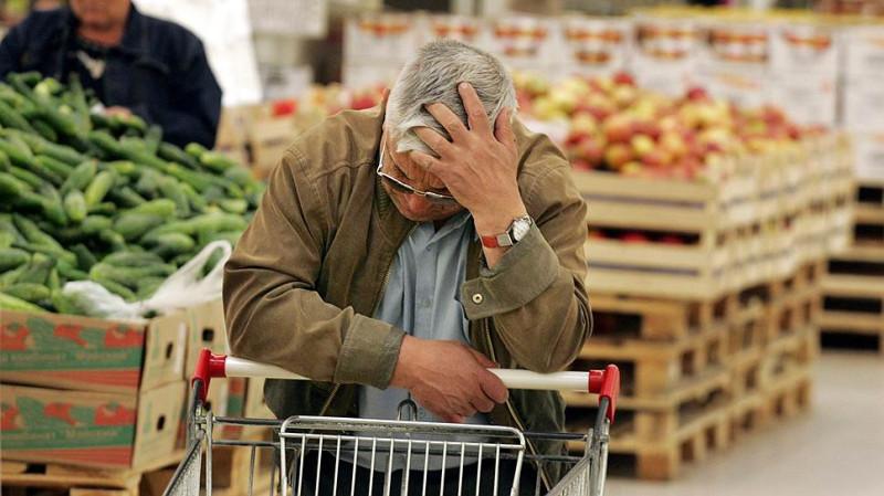 Зачем магазины унижают покупателей