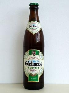 449px-Edelweiss_Weissbier_Hefetrüb