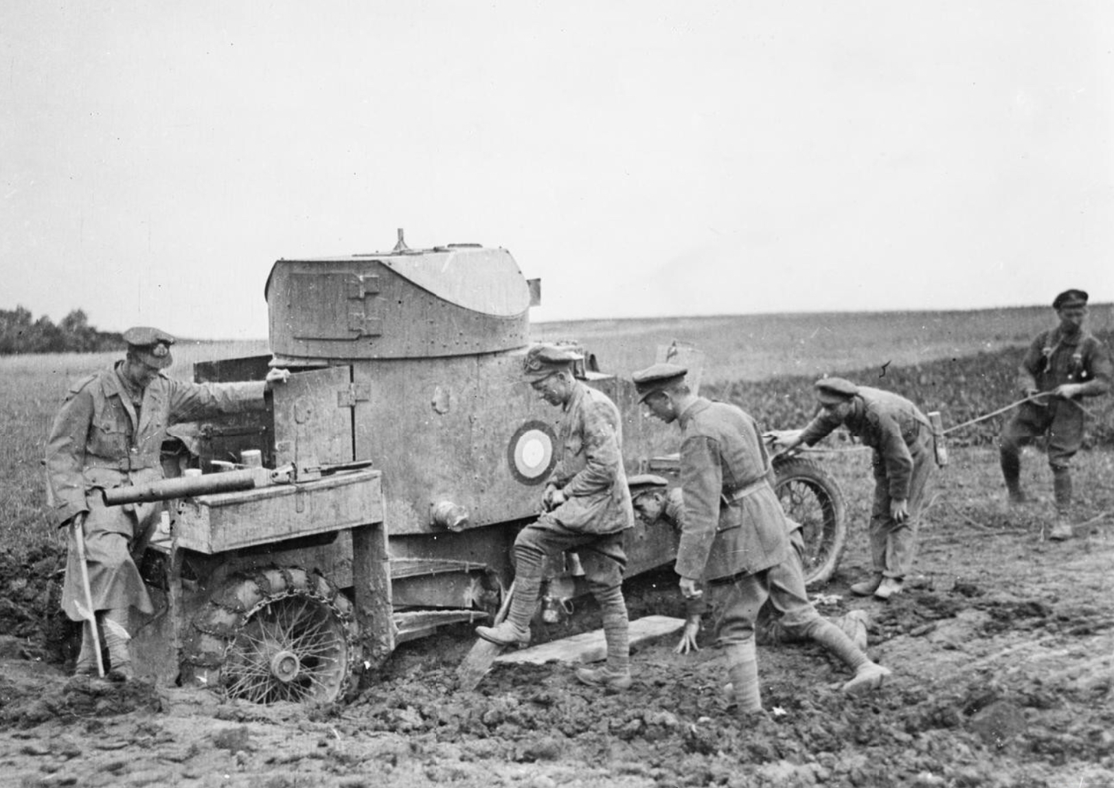 Lanchester_armoured_car,_IWM_Q_50674