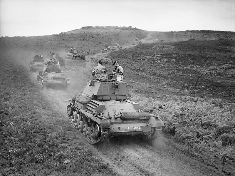 800px-Cruiser_Mk_I_tanks_of_5th_Royal_Tank_Regiment,_1st_Armoured_Division,_on_Thursley_Common,_Surrey,_July_1940._H2484