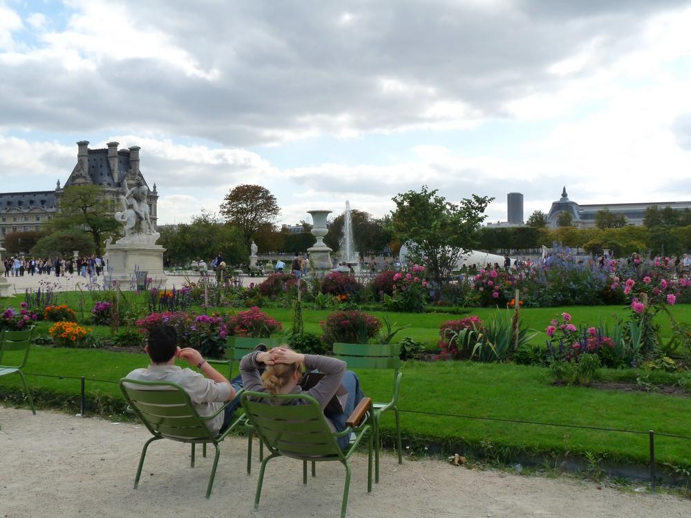 031- стулья в садах Тюильрьи