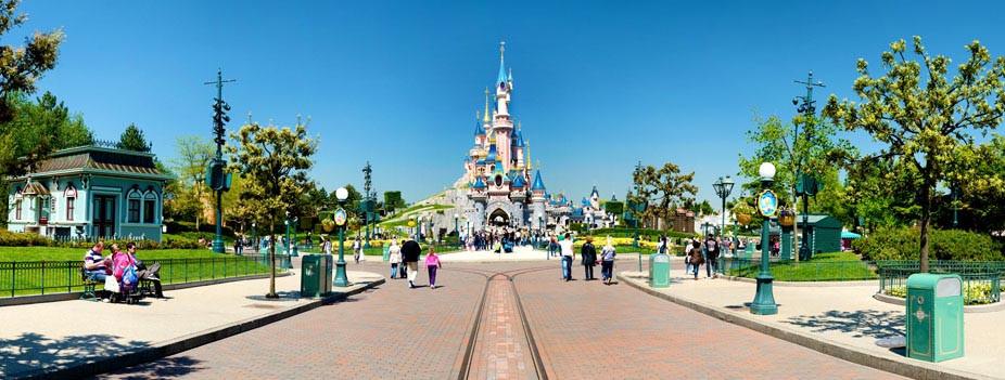 18-n013047_2019mai13_sleeping-beauty-castle