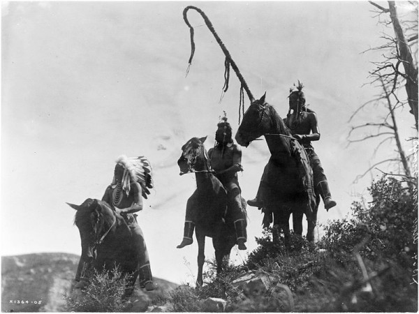 Three_Crow_horsemen-_Edward_S._Curtis