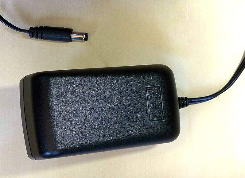 05_Adapter-2_100_8425.jpg