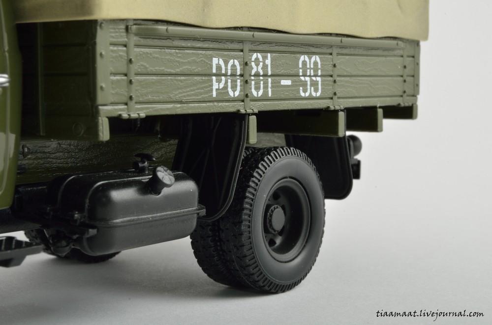 115001 ЗИС-150 бортовой с тентом 18